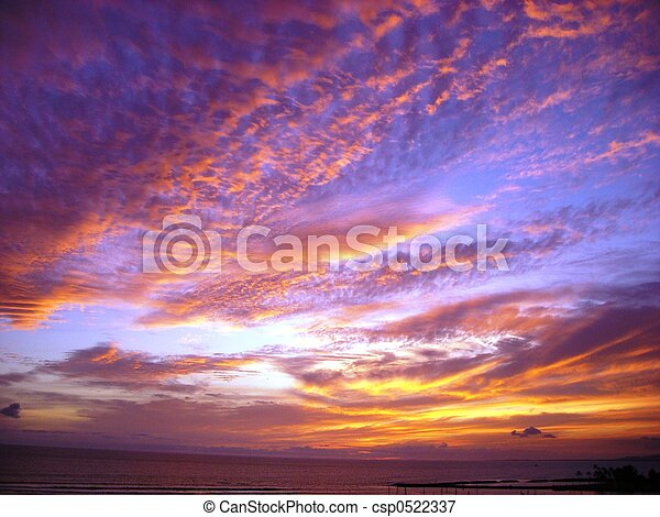 dramatyczne niebo - csp0522337