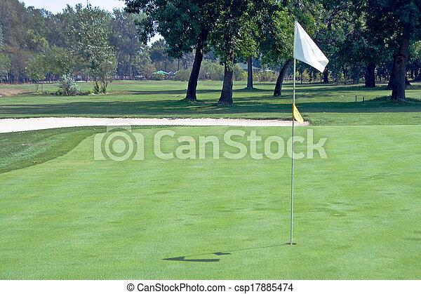 drapeau ondulant, golf - csp17885474