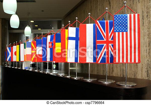 drapeaux internationaux - csp7796664