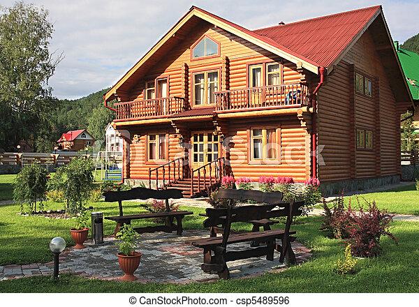 drewniany, dwelling-house. - csp5489596