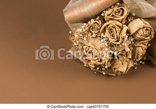 dried wedding bouquet - csp43751703