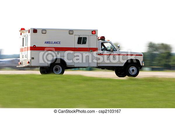 drive hurtige, ambulance - csp2103167