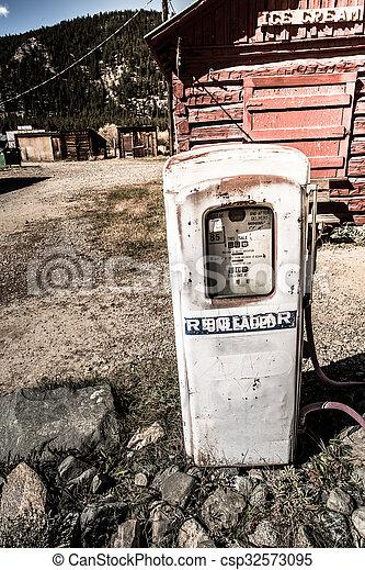 drivmedel pumpa, gammal - csp32573095