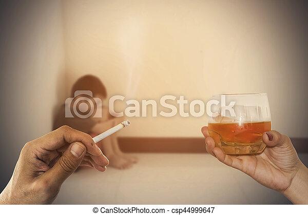 Drogas y niños - csp44999647