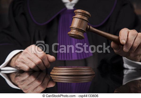 droit & loi, justice, concept., salle audience, juge, mâle - csp44133606
