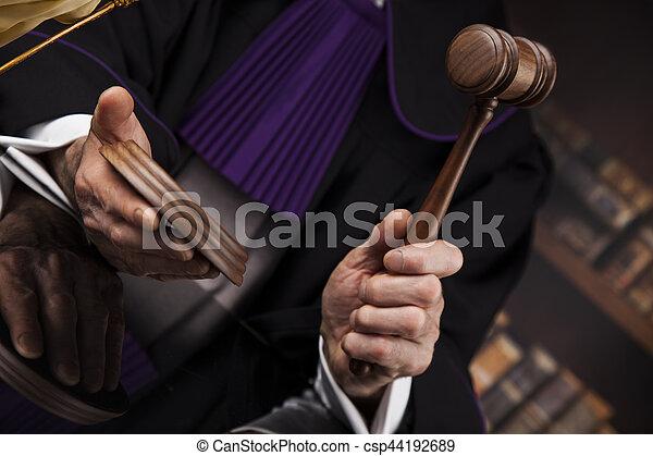 droit & loi, justice, concept., salle audience, juge, mâle - csp44192689