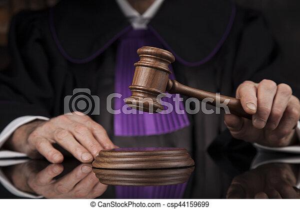 droit & loi, justice, concept., salle audience, juge, mâle - csp44159699