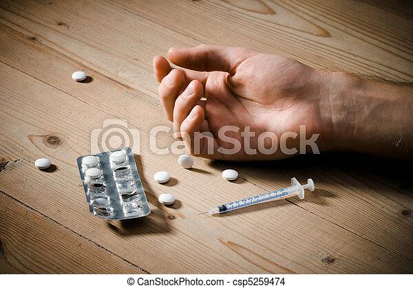 Drugs overdose - csp5259474
