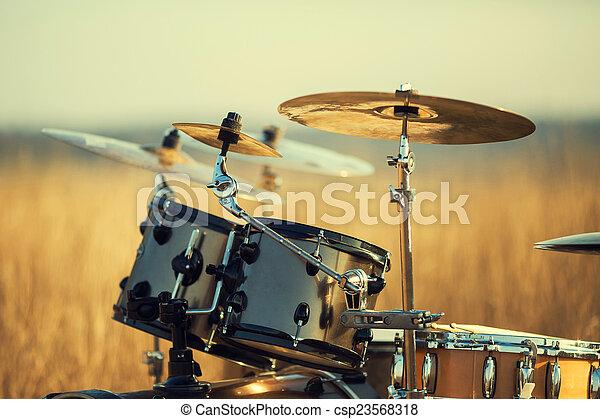 Drum set - csp23568318