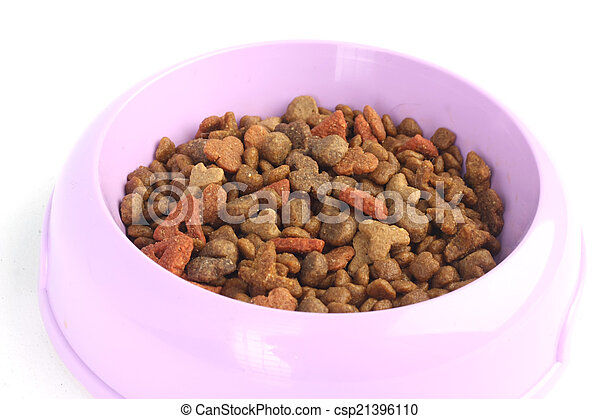 Dry cat food in a purple pink bowl isolated on white background - csp21396110