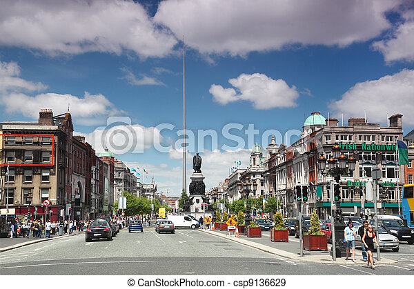 DUBLIN - JUNE 12: Spire of Dublin on June 12, 2010 in Dublin. Spire of Dublin is large, stainless steel, pin-like monument 121,2 metres - csp9136629