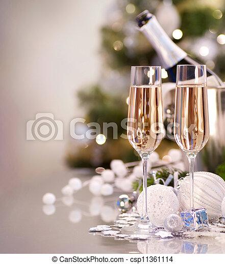 due, anno, nuovo, champagne, celebration., occhiali - csp11361114