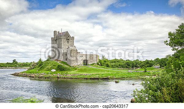 Dunguaire Castle Ireland - csp20643317