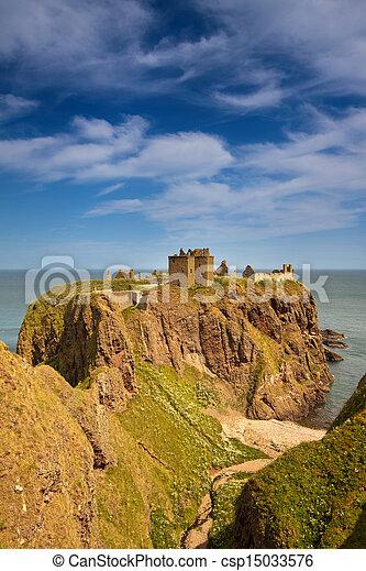 Dunnottar Castle, Scotland - csp15033576