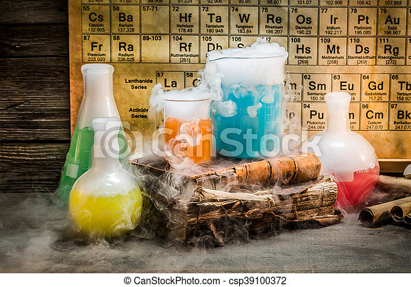 Dynamic chemical reaction during a chemistry lesson - csp39100372