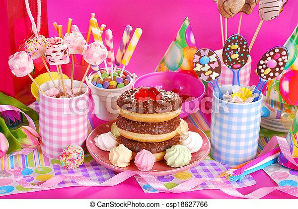 Niewiarygodnie Dzieciaki, słodycze, urodziny, stół, partia, kwiaty. Dzieciaki DP85