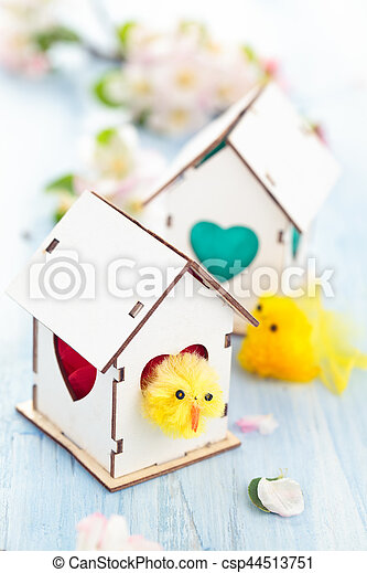 Easter decoration with apple blossom. - csp44513751