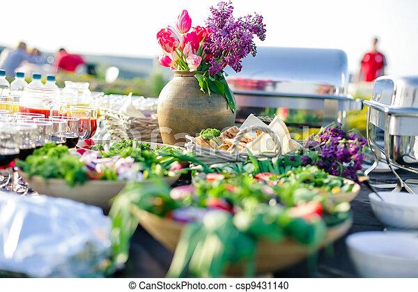 eat catering - csp9431140
