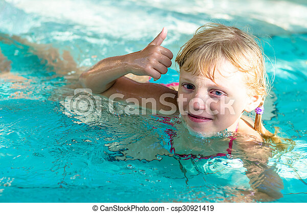 eau, enfant - csp30921419