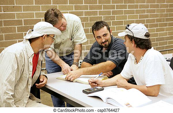 ed, studeren groepering, volwassene - csp0764427