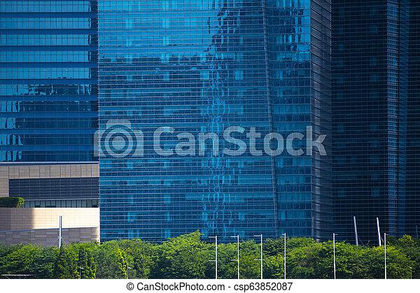 Edificio moderno en la bahía marina, ciudad de Singapur - csp63852087