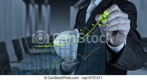 El hombre de negocios trabajando con la nueva interfaz de computadora muestra el concepto de desarrollo de la construcción - csp14731211