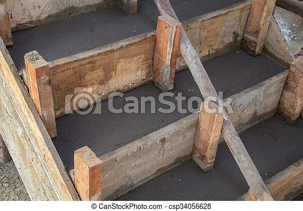 Edificio escalera casa cemento concreto residencial for Escalera de cemento con descanso