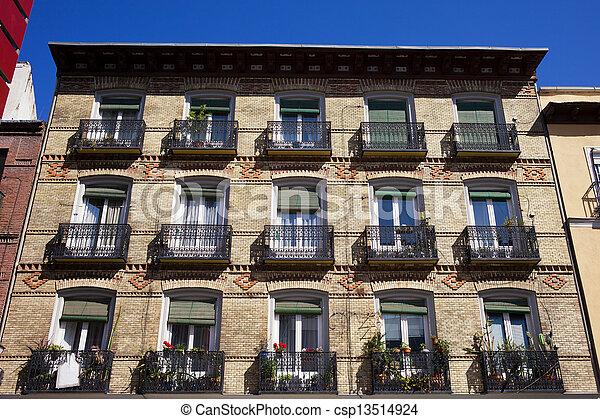 Edificio Madrid Fachada Apartamento Viejo