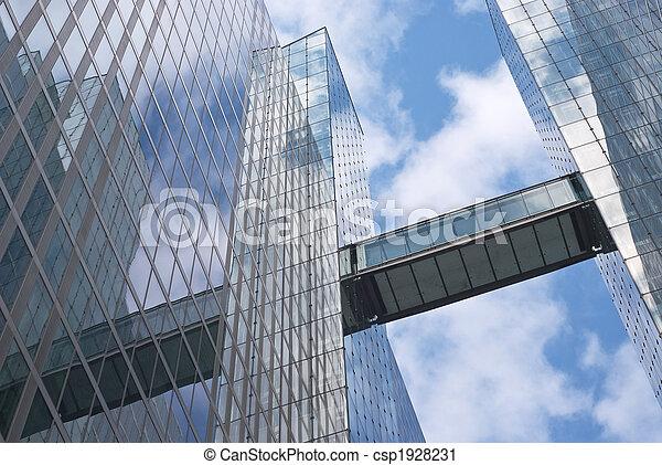 Edificio de oficinas modernos - csp1928231