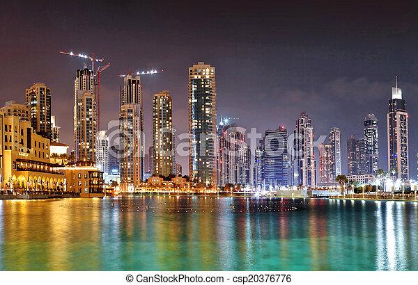 Burj khalifa, el edificio más alto en T - csp20376776