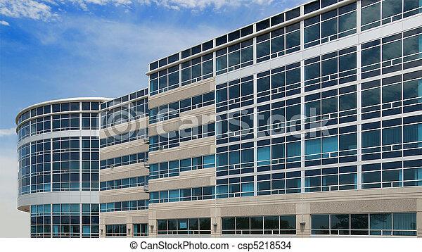 Edificio de oficina - csp5218534