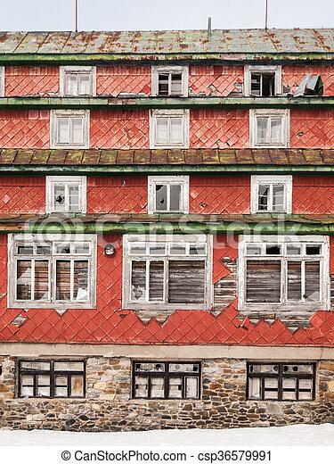 edificio, windows, devasted, viejo, roto - csp36579991