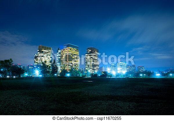 Edificios modernos en Nueva Las condescendientes, Santiago, Chile, Sudamérica - csp11670255