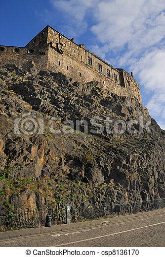 Edinburgh Castle view - csp8136170