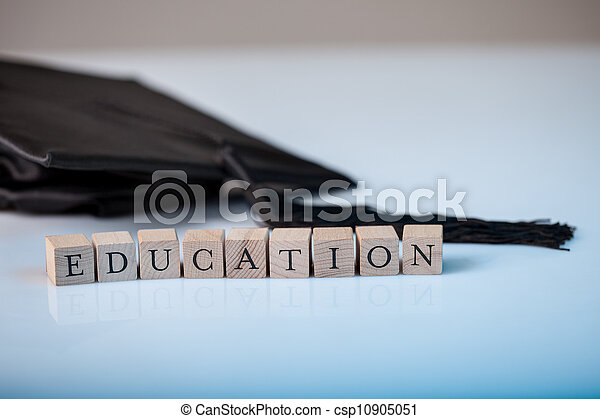 Educación y graduación - csp10905051