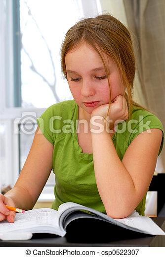 eduquer fille - csp0522307