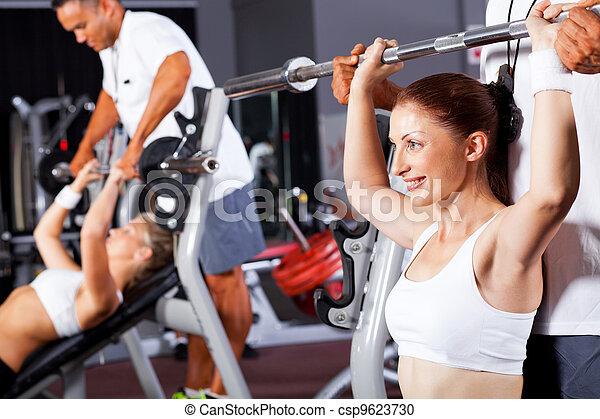 edző, személyes, tornaterem, nő, állóképesség - csp9623730