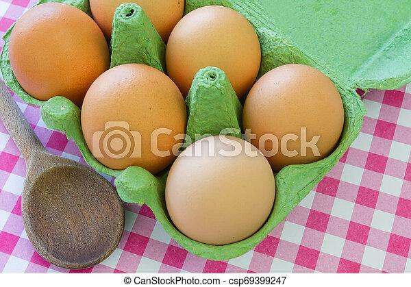 egg - csp69399247