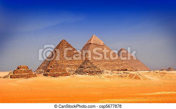 egypte, piramides, giseh - csp5677878
