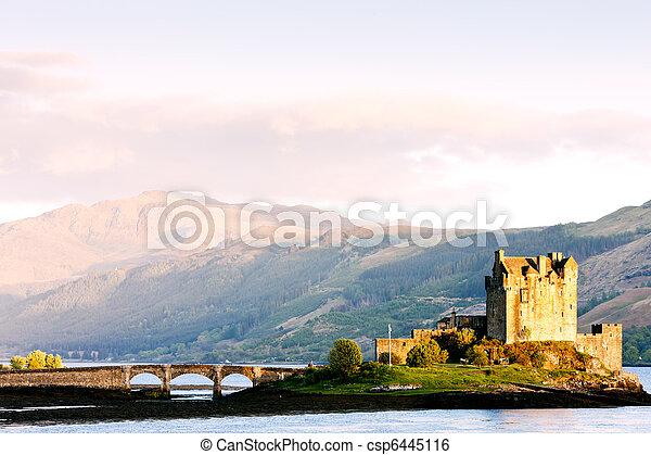 Eilean Donan Castle, Loch Duich, Scotland - csp6445116
