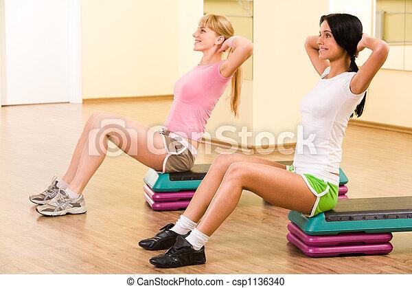 Haciendo ejercicio - csp1136340