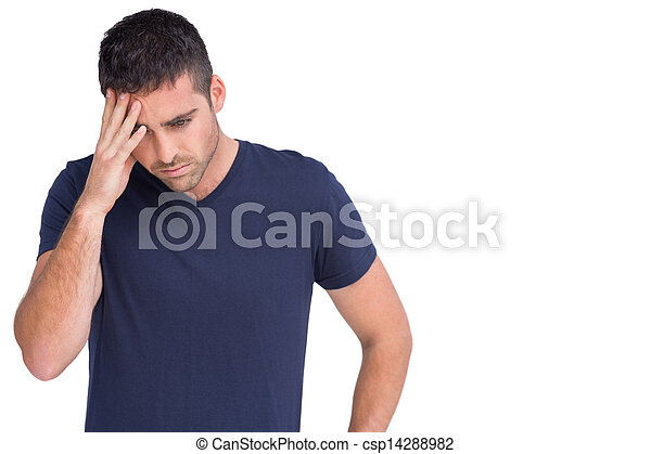 Un hombre triste sosteniendo su frente - csp14288982