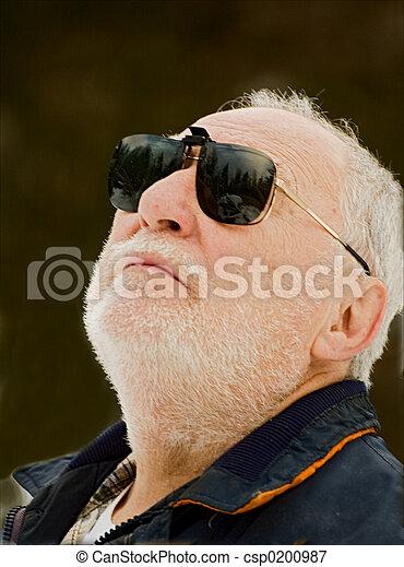 elderly man profile - csp0200987