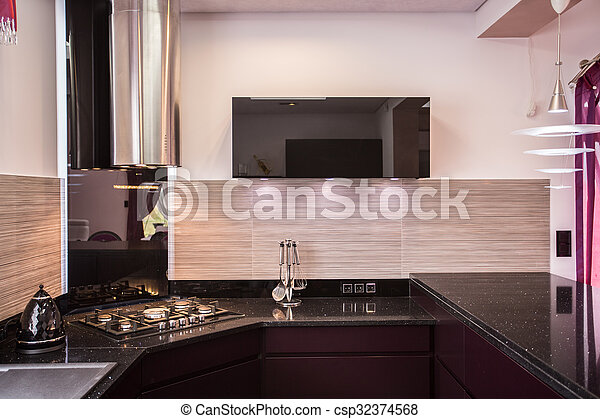 Elegante moderne Küche - csp32374568