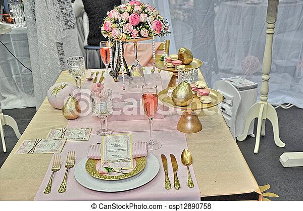 Elegant wedding table place settings - csp12890758