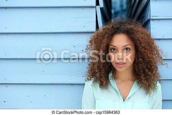 Elegant young woman - csp15964363
