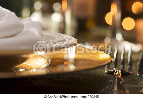 elegante, montaggio cena - csp1379245