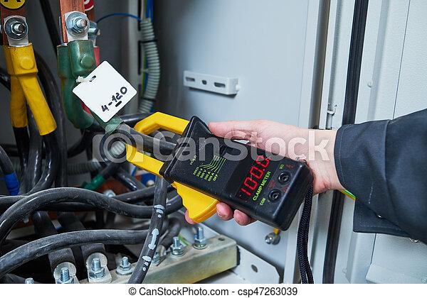 Elektriker, maße, multimeter, prüfer. Klammer, untersuchen, ac ...