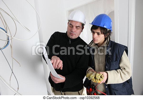 elektrizität, handwerker, anprobe - csp10392568