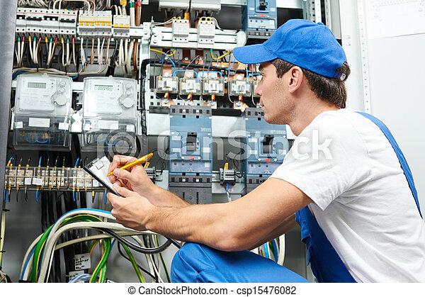 elektromonteur, arbeider, inspecteren - csp15476082